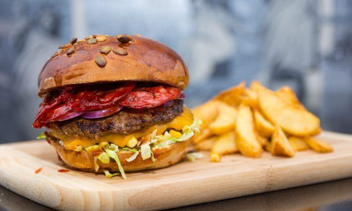livrari burger peter comanda mancarea ta rapid online comanda mancare la birou si la. Black Bedroom Furniture Sets. Home Design Ideas