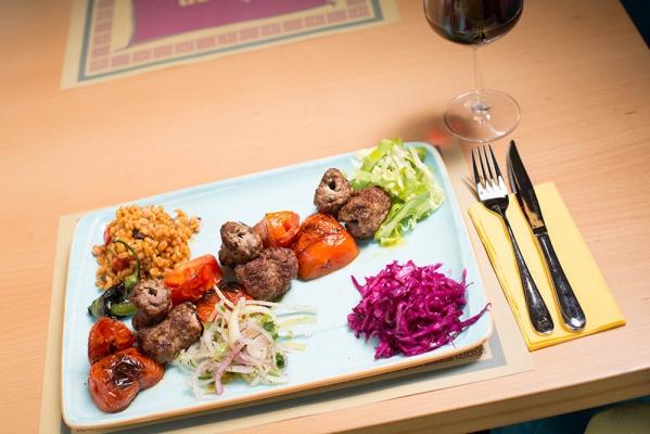 Duman Oriental Cuisine2