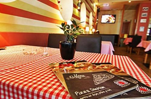 Gusto Dominium Pizza2