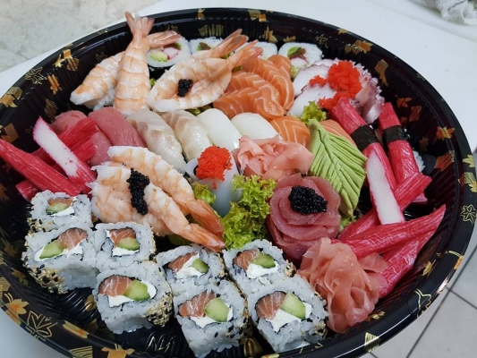 Sushi House Delivery2
